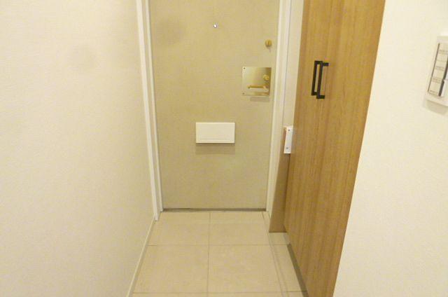 玄関と玄関収納