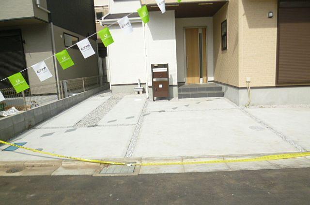 2台分の広々とした駐車場です