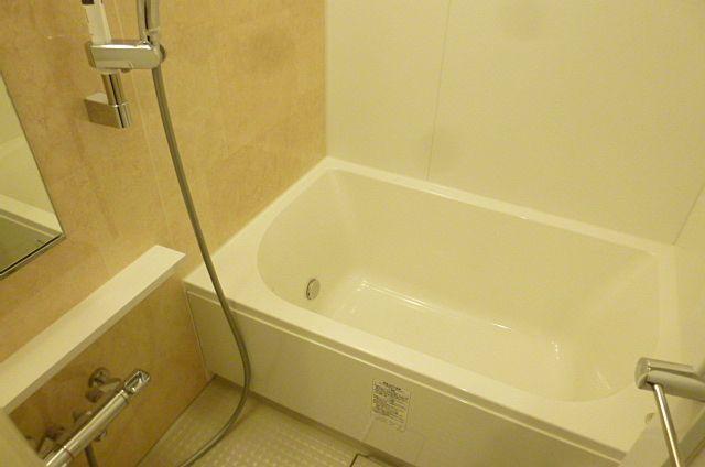 ユニットバス1216サイズ、追い炊き機能・浴室乾燥機付き