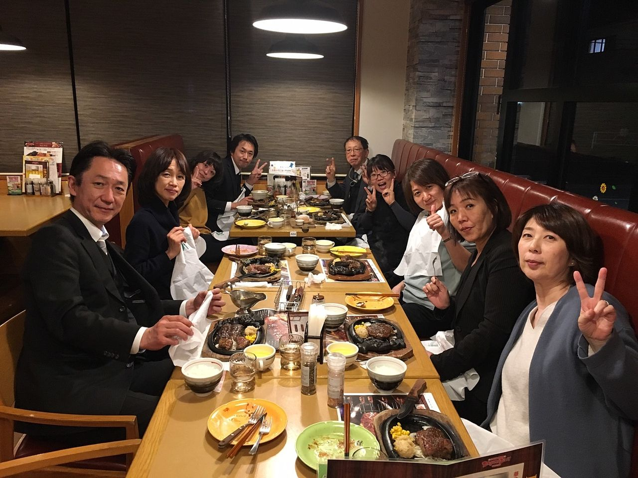 食事会での一枚☆ステーキ♪