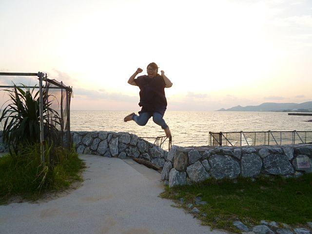 社員旅行では毎回ジャンプ写真撮ってます♪